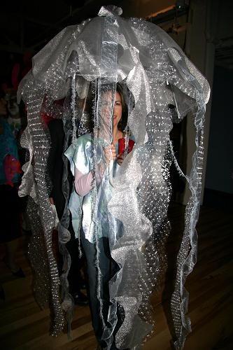Interesting idea of umbrella jellyfish dress fashion under the sea