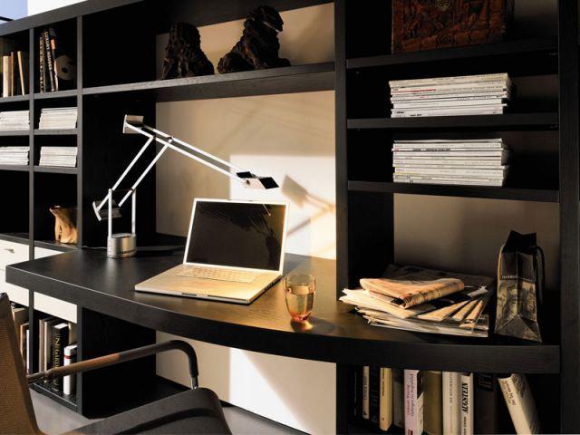 Amenager Bureau Dans Salon #11: Faute De Place, Il Est Fréquent De Devoir Aménager Un Coin Bureau Dans Son  Salon