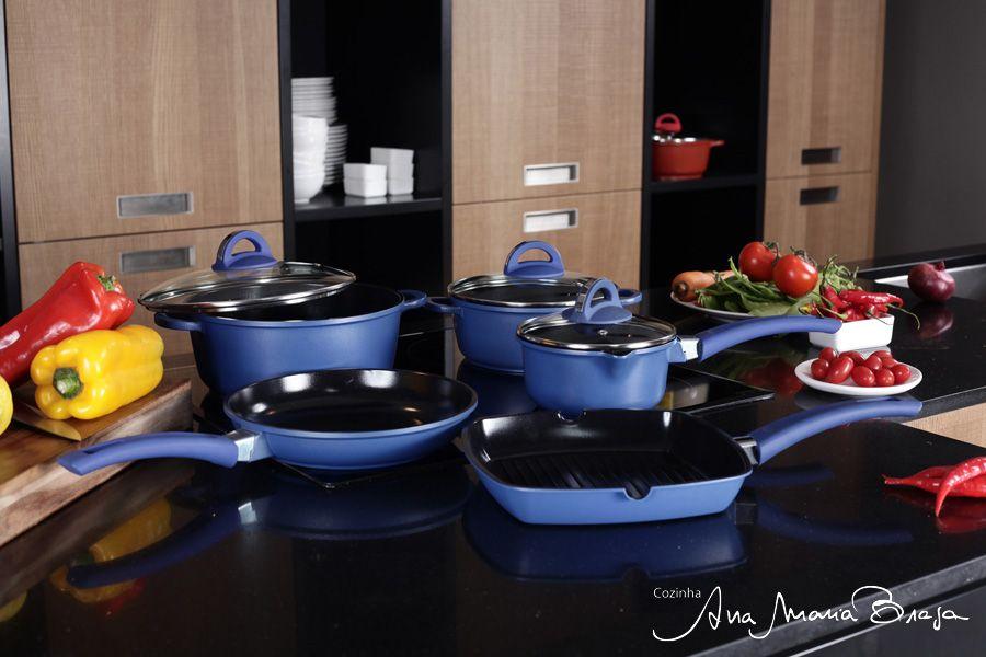 Panelas azuis!     Blue pans!