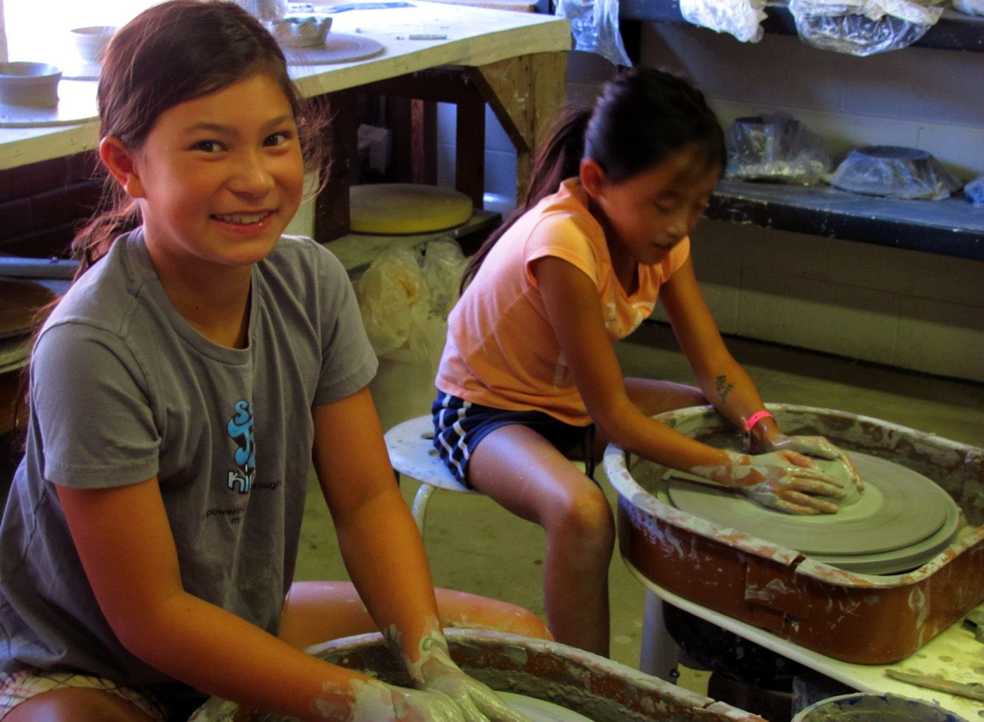 Clay kids classes full circle pottery in mar vista