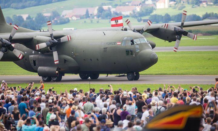 "02.09.2016 - Airpower16 ""Tage des Donners"" - Zeltweg http://ift.tt/2bJxahn #brunnerimages"