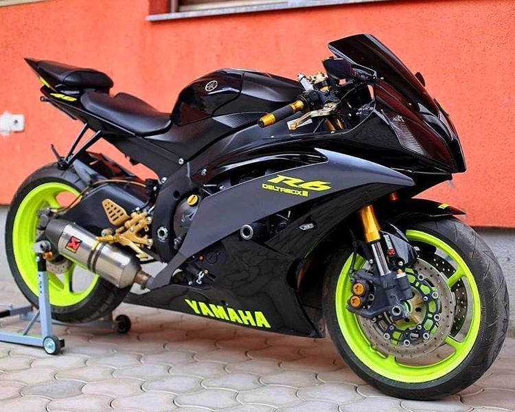 Black R6 with highlighter yellow to match the Project 46 helmet