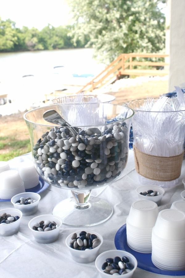 6 Tips To Host The Best Outdoor Graduation Party Ever ...