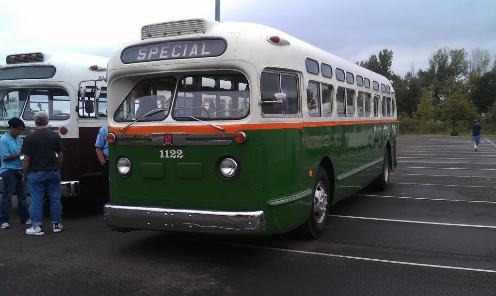 Rochester Ny Restored Old Look Bus: 1959 GM Old Look Bus