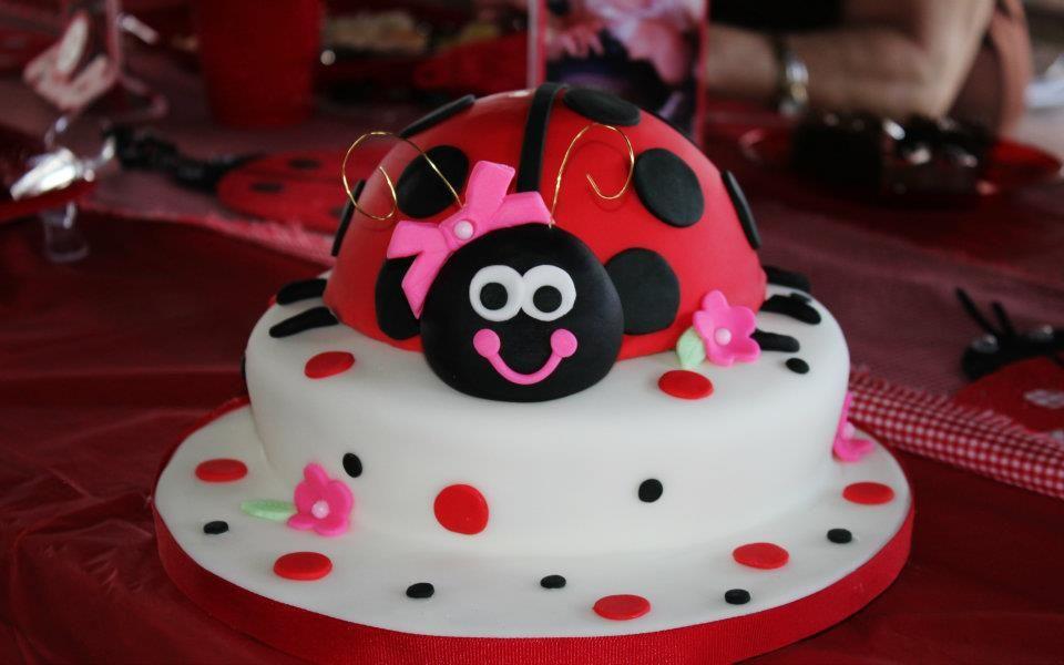Ladybug birthday cake Cake, Ladybug birthday, Lady bug