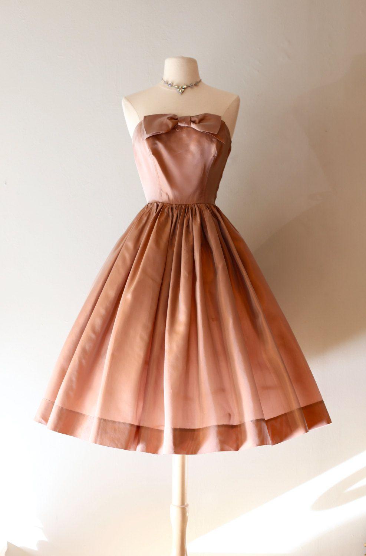 Vintage s blush taffeta party dress vintage s iridescent