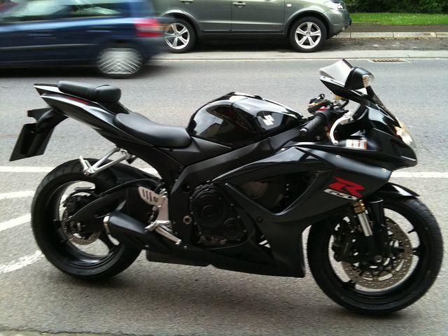 Suzuki Gsxr 600 K7 Suzuki Gsxr Super Bikes Sport Bikes