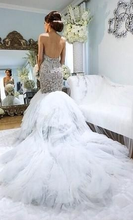 J Aton Couture Find It On Preownedweddingdresses Com Backless