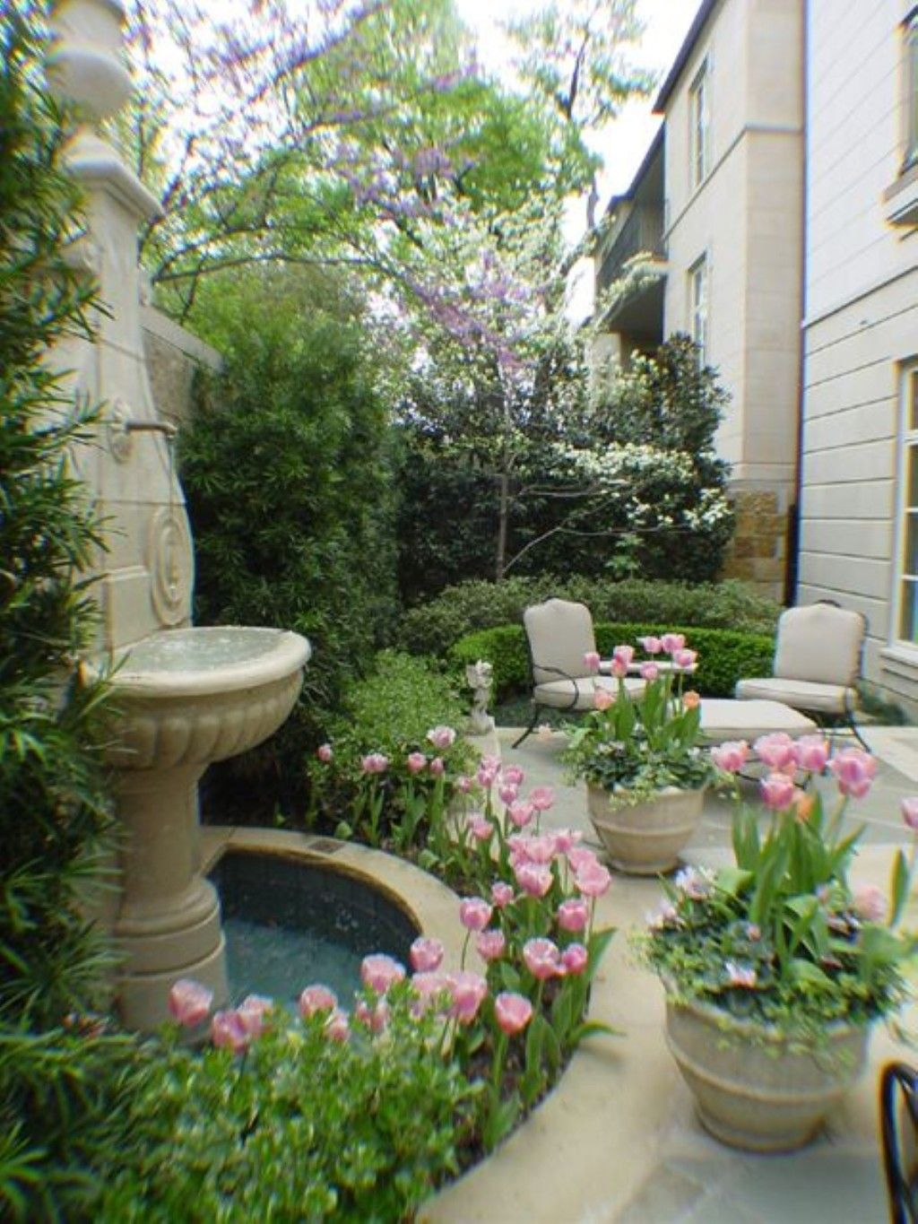 Decoration: Awesome Bright Spring Terrace And Patio Décor Ideas With Pink  Tulips Pots Design And