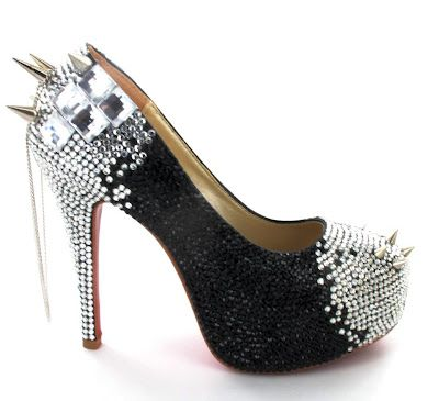 Black Gothic Wedding Shoes Ideas | bridal wedding dresses