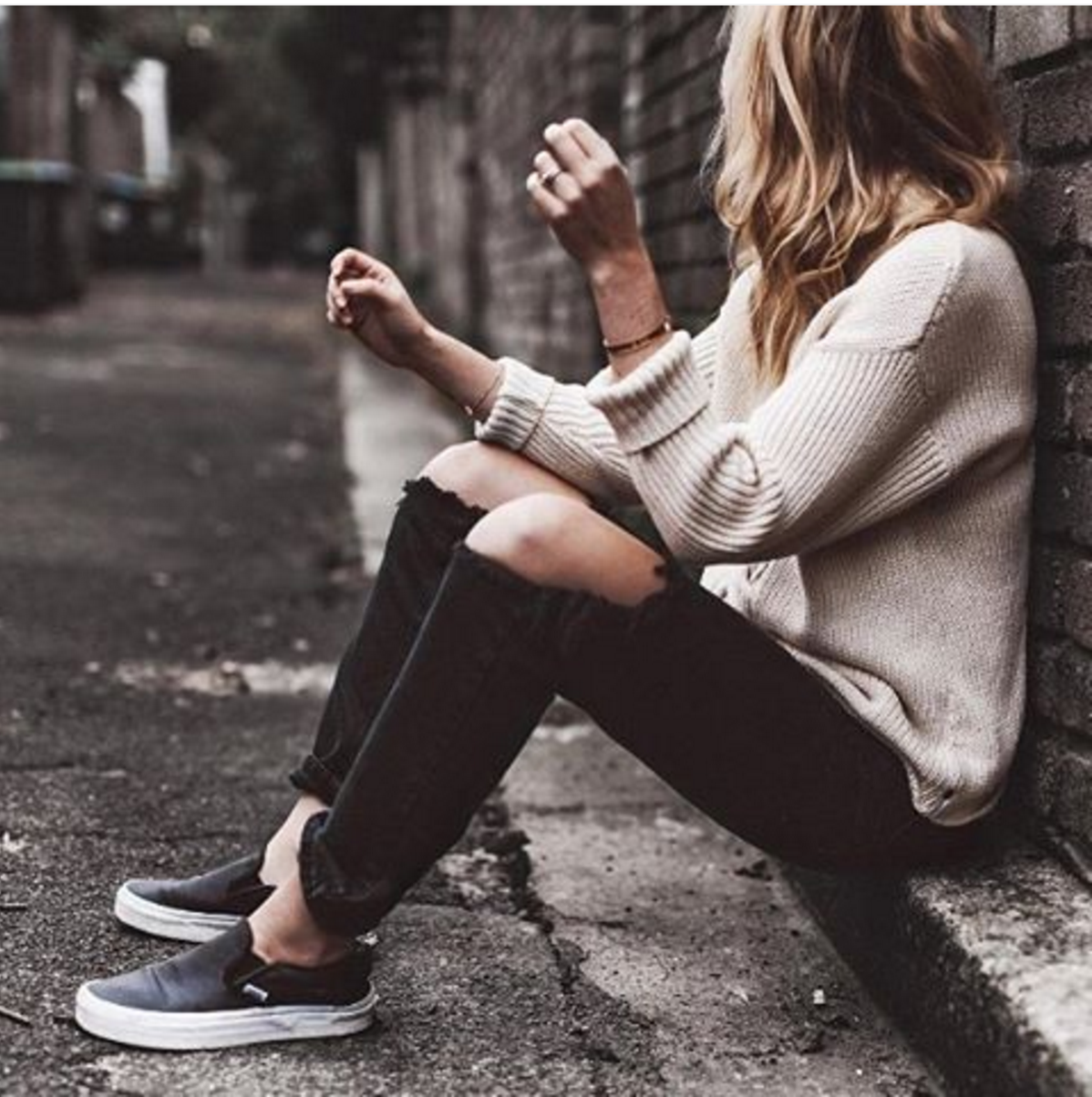 27 Casual Fall Outfits With Vans For Girls | Style, Fashion