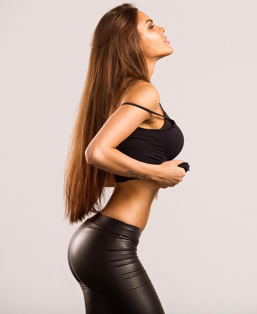 Viki Odintsova Nude Photos 4