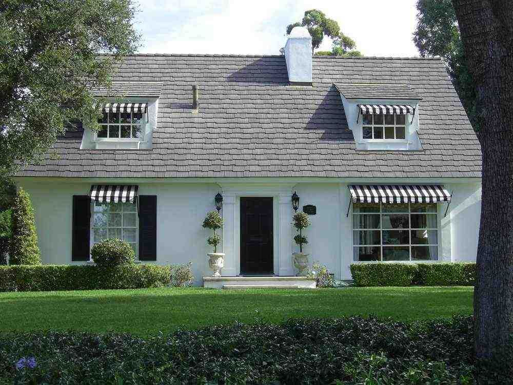 Pale Yellow House Black And White Stripe Awning Google