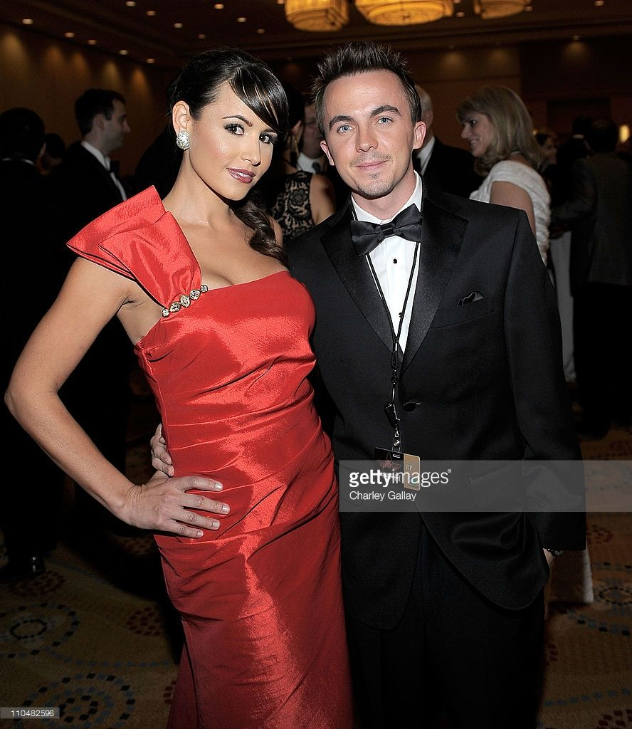 Is Frankie Muniz Gay Ideal actress elycia marie (l) and actor frankie muniz attend muhammad