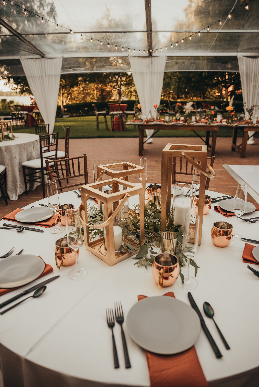 Fall Wedding At Dallas Arboretum In 2020 Indoor Fall Wedding Dallas Wedding Venues Wedding Venues Indoor