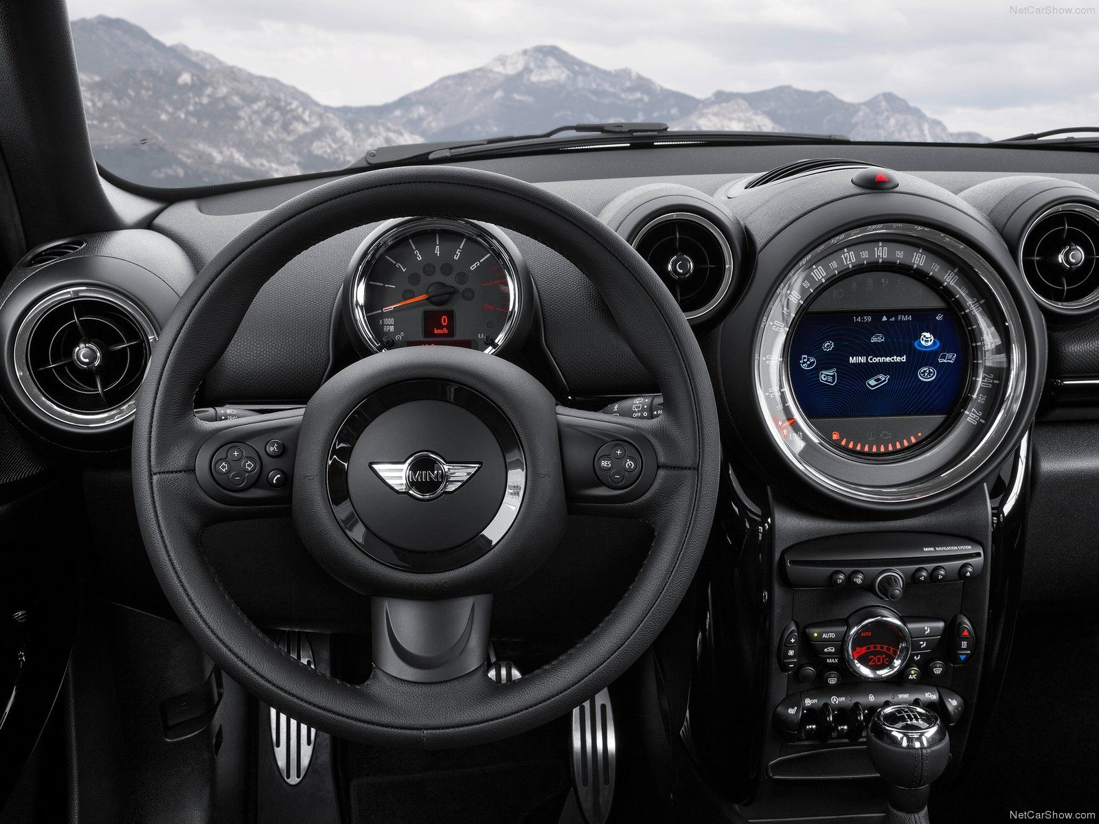 Of 90 Kw 122 Hp At 6 000 Rpm And With Peak Torque 160 Newton Metres 118 Lb Ft Available From 4 250 The Engine Ing Mini Cooper Paceman
