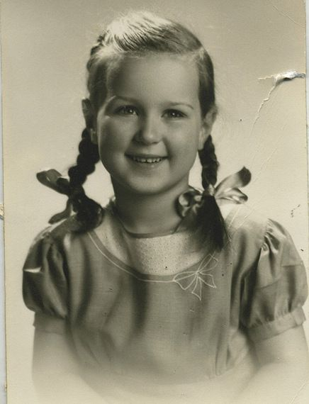 What It Was Like To Grow Up In The 1940s Childrens Hairstyles 1940s Hairstyles Teenage Girl Hairstyles