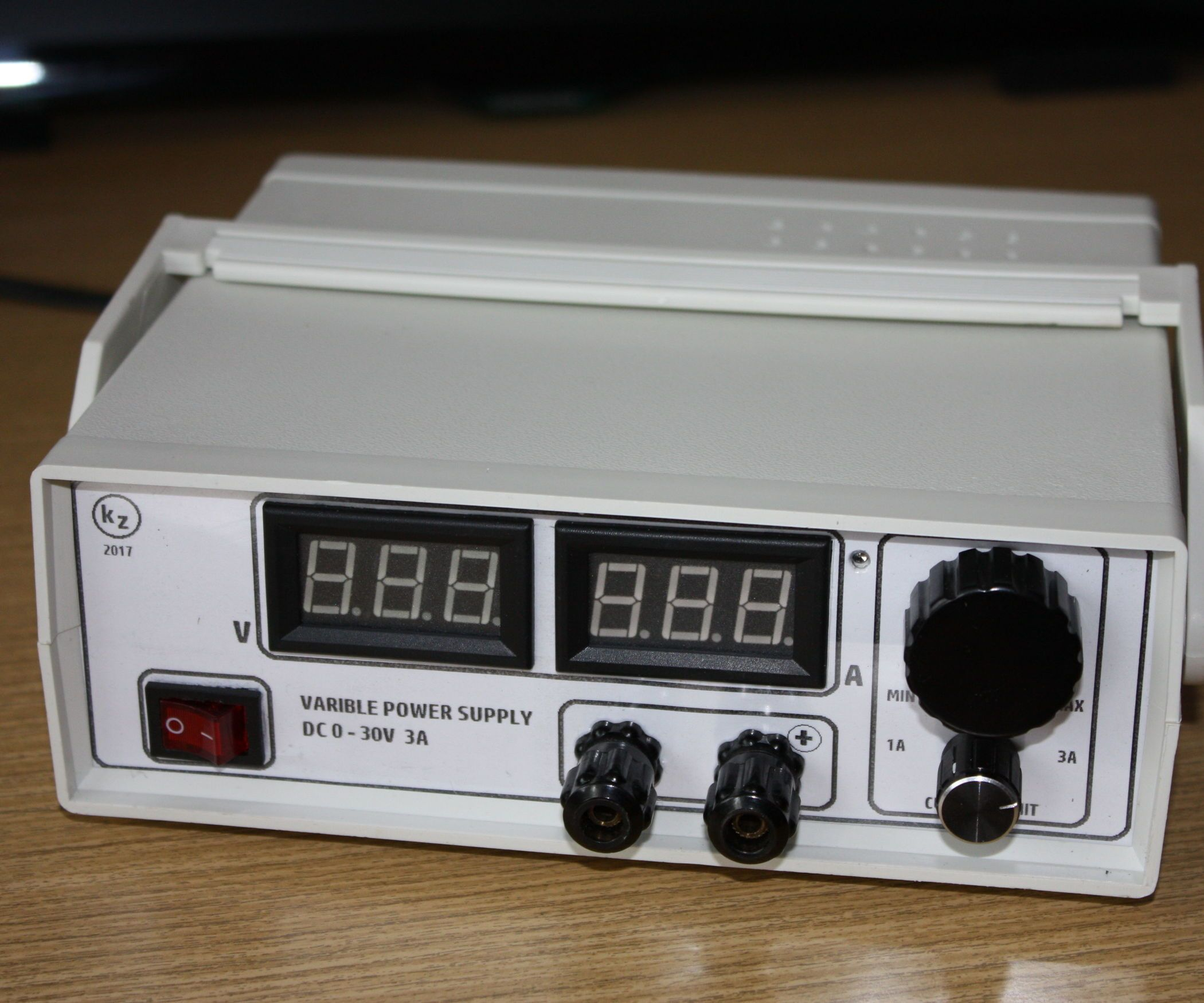 Small Variable Power Supply | Pinterest | Electronics projects and ...