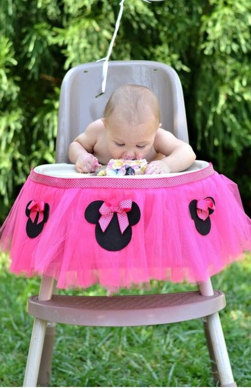 DIY Minnie Mouse High Chair Tutu #HighChair