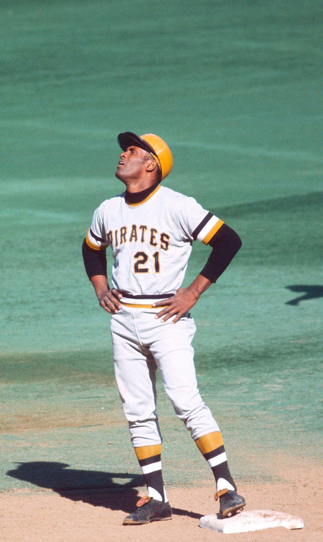Roberto Clemente Roberto Clemente Pirates Baseball Pittsburgh Sports