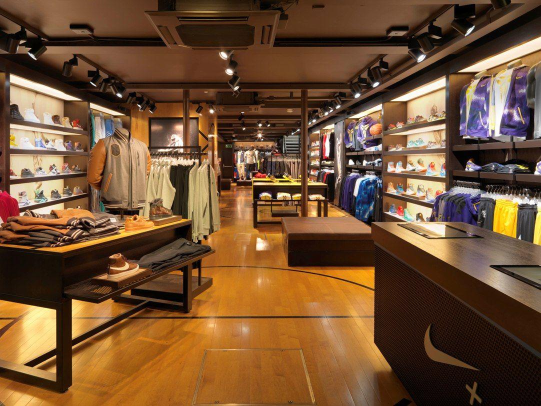 Foot locker clothing store