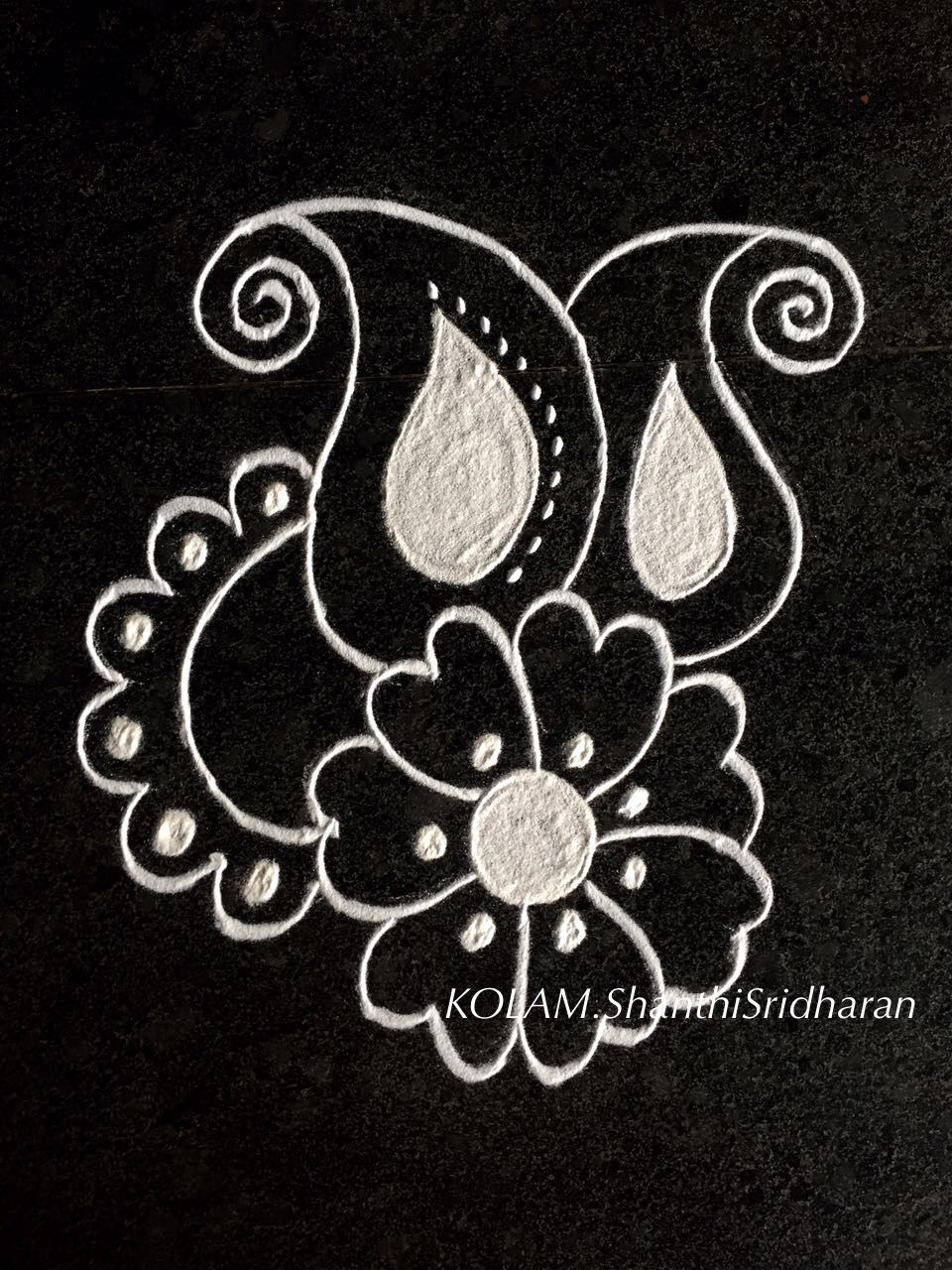 Pin by Shanthi Sridharan.KOLAM on Black and white Kolam