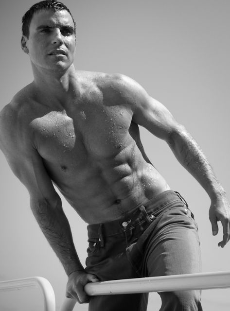 Colin Egglesfield. Loss of words...drooling!
