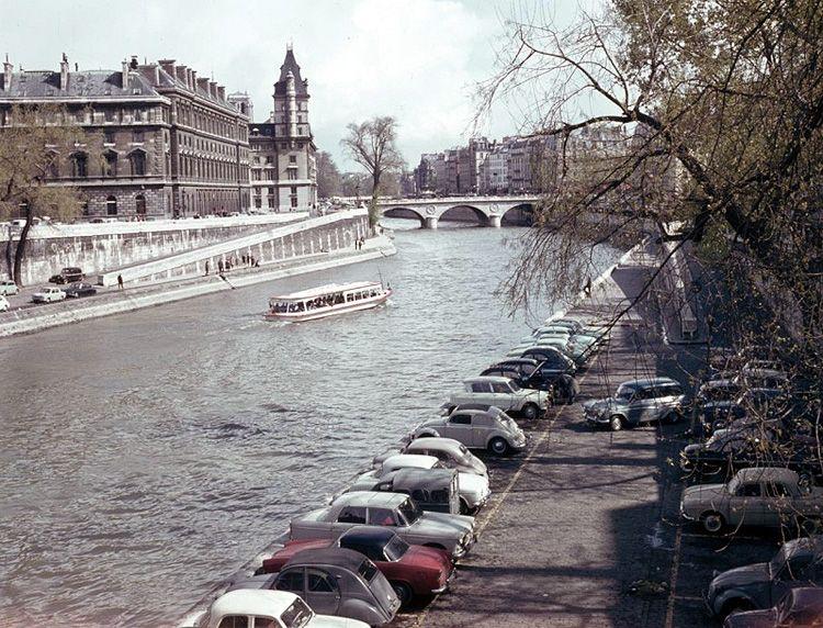 Картинки по запросу quais de paris  voiture