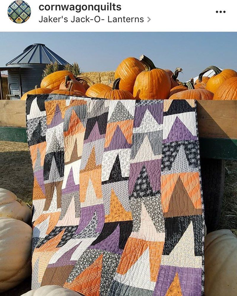 Totally digging this Mod Witchery quilt by Emily Herrick ... : emily patchwork quilt - Adamdwight.com