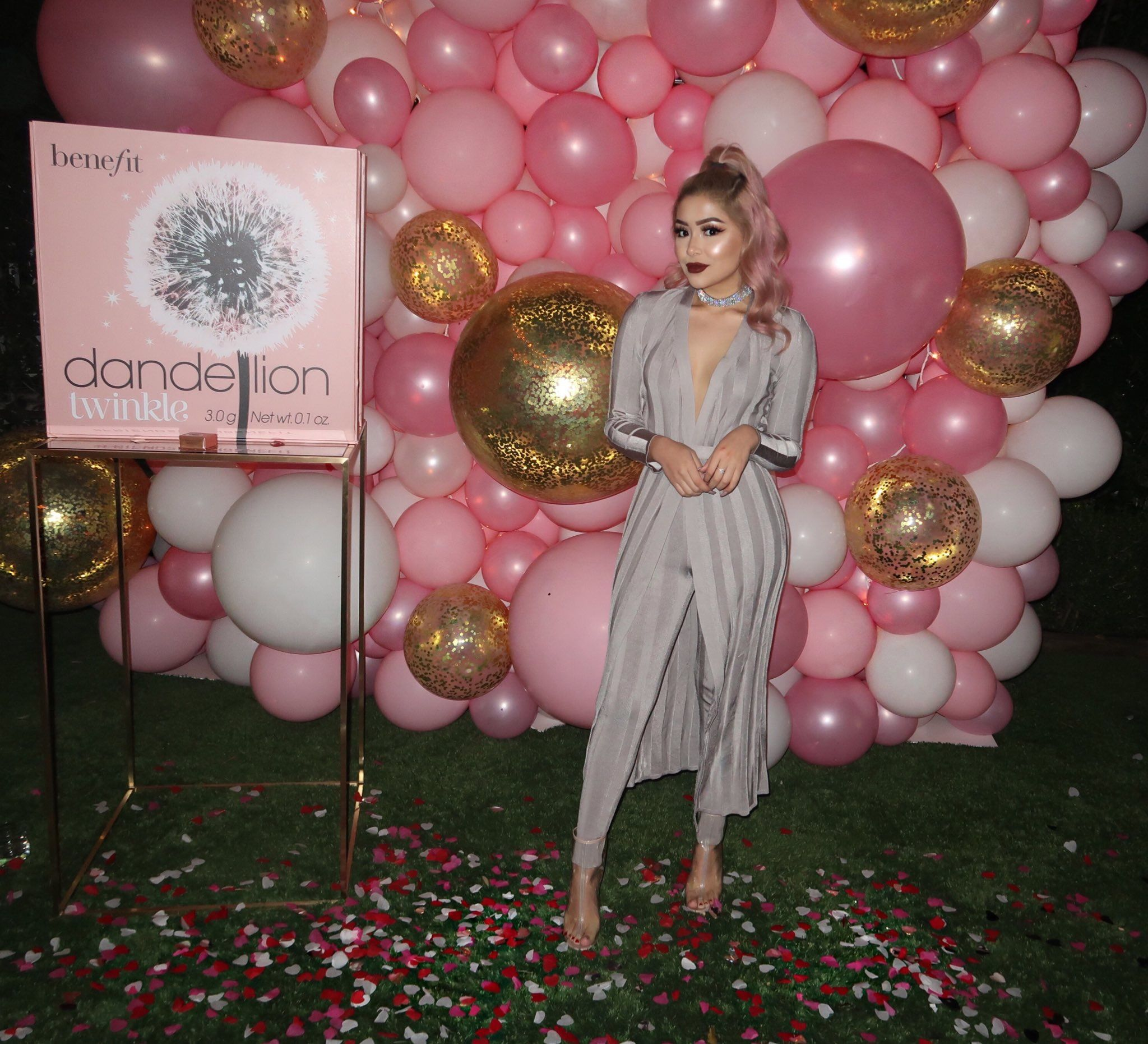 Love The Pink Balloons For A Photo Back Drop