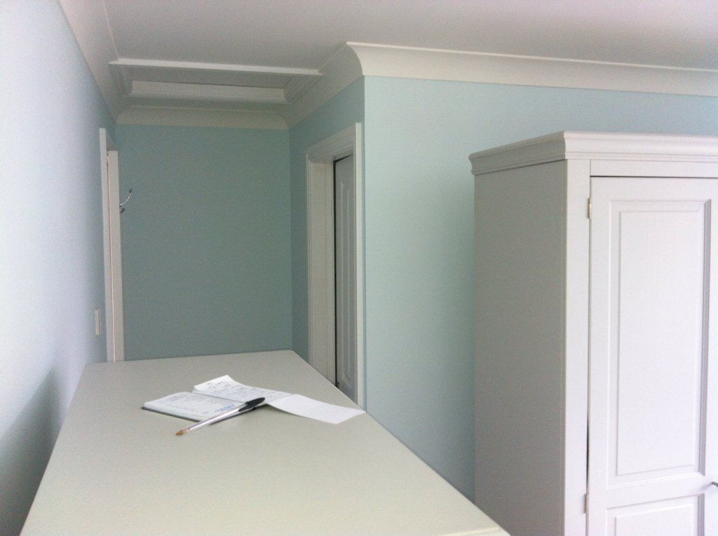 dulux first frost light and space matt paint interior. Black Bedroom Furniture Sets. Home Design Ideas