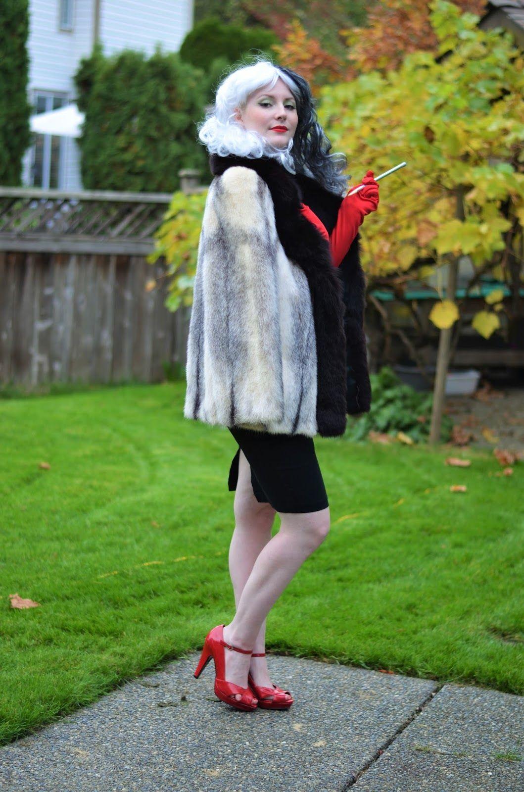 Halloween costume idea Cruella de Vil from saversvvillage
