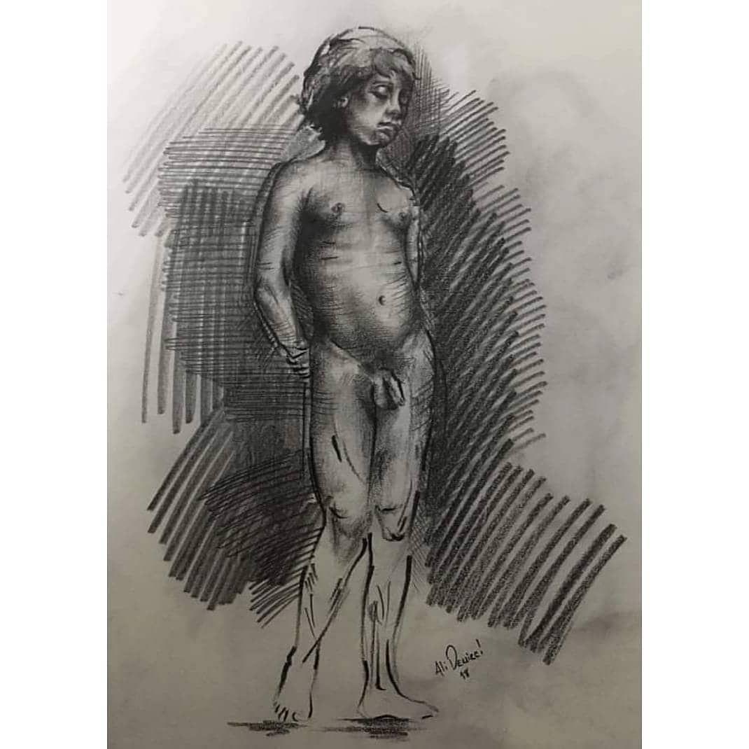 Desen çalışmalarından #art #artist #artwork #artgallery #draw #drawing #drawings #drawingaday #drawingart #sketch #sketchers #sketchbook #sketches #anatomy #nude #nudemodel #portrait #oilpaint #painter #russia #turkey #taksim #beyoğlu #kadıköy #istanbul #sanat #güzelsanatlarfakültesi #hobi