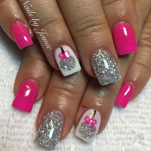Diy christmas nail art 50 christmas nail designs you can do diy christmas nail art 50 christmas nail designs you can do yourself diy christmas mani pedi and nail salons solutioingenieria Gallery
