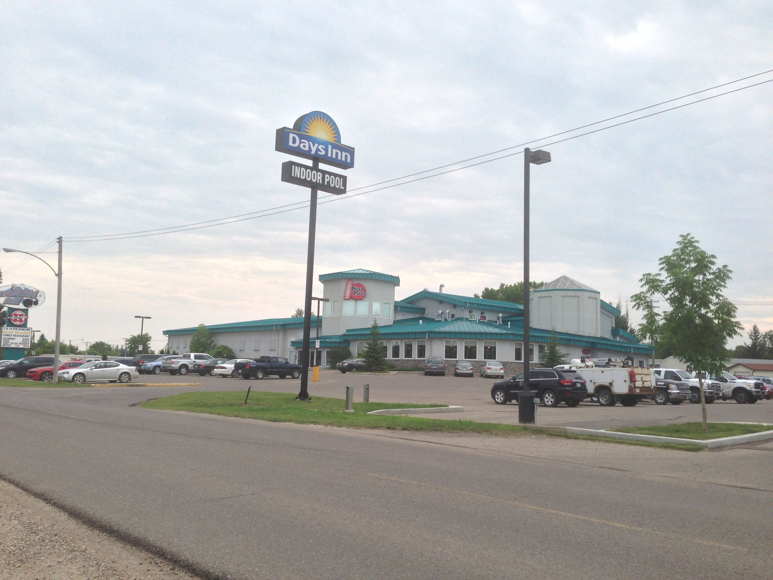 one of my favorite places in canada thunderbird lanes in brandon rh pinterest com