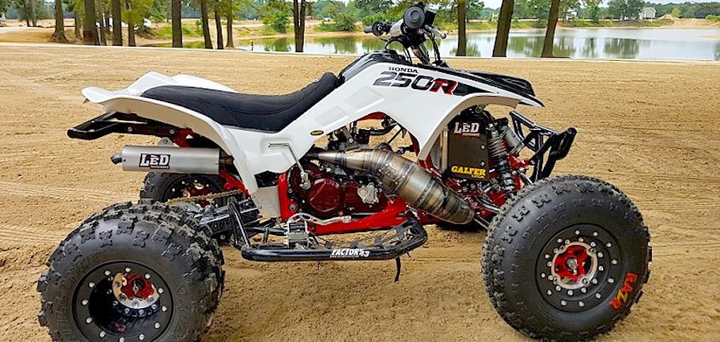 Honda Trx250r Dirt Wheels Magazine Outdoors Honda Atv Cars