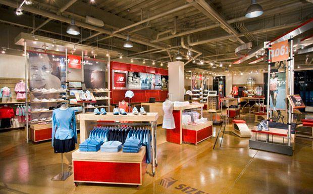 New Balance Led track lighting, Merchandising displays