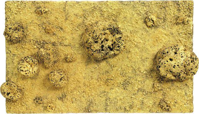 Yves Klein, Relief éponge or sans titre (RE 47 II), 1961, 45,5 x 80 x 7,5 cm