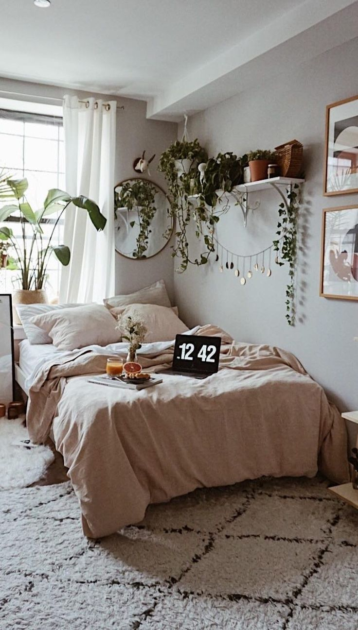 63+ Cute and Modern Bedroom Interior Design Ideas 2018 - Page 15 of 63 - lasdiest.com Daily Women Blog! #bohemianbedrooms