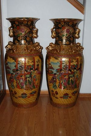 Made In China Satsuma Vases How Much Do You Think Theyre Worth