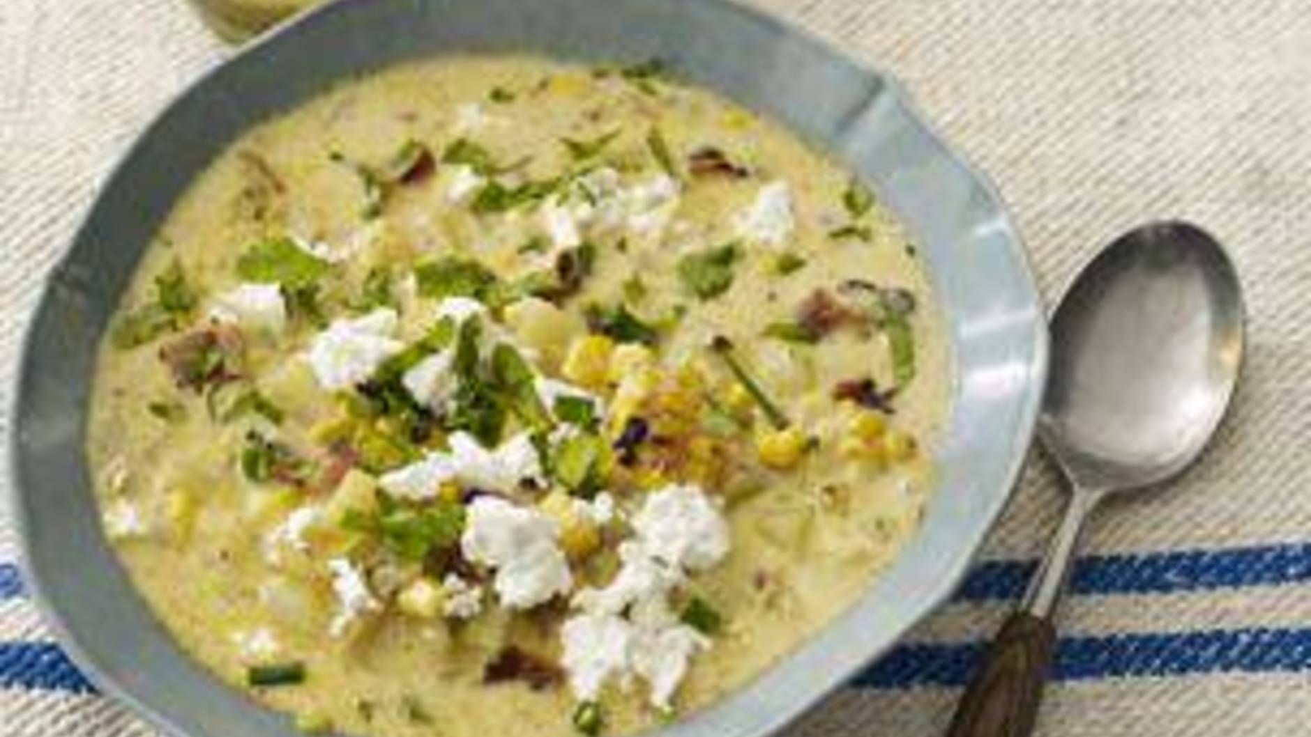 Grilled Summer Corn-and-Chipotle Chowdah