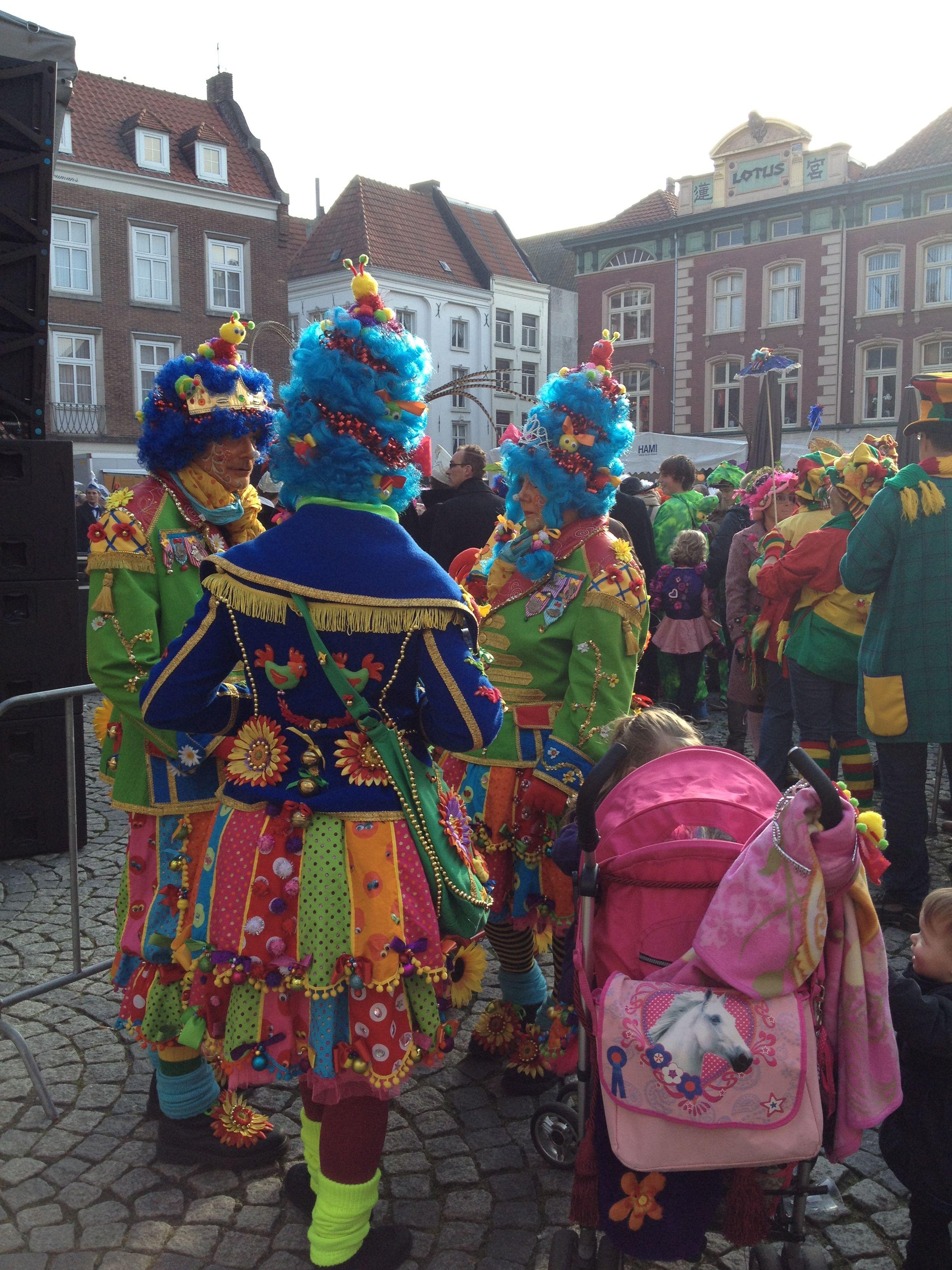 11 Van 11 2013 Carnaval Kostuums Carnaval Feestdagen En Evenementen