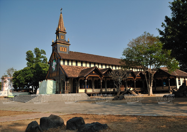 Go Church in Kon Tum | Vietnam Information - Discover the beauty of Vietnam through Culture, Cuisine, People and Travel