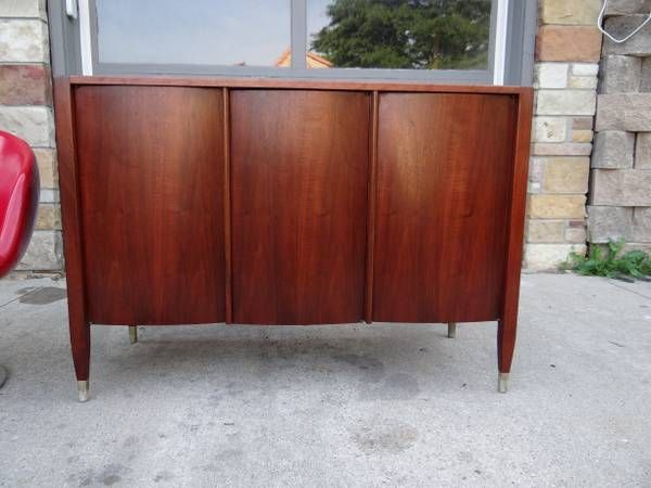 Smaller Teak Mid Century Modern Credenza Once Had Shelves Now Missing But Someone Mid Century Modern Furniture Modern Furniture Mid Century Modern Credenza