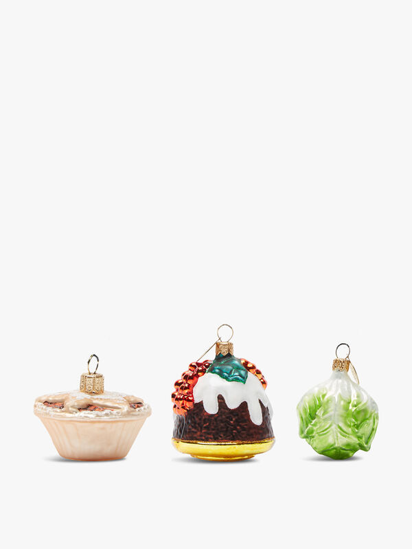 Set of Three Decorations(이미지 포함)