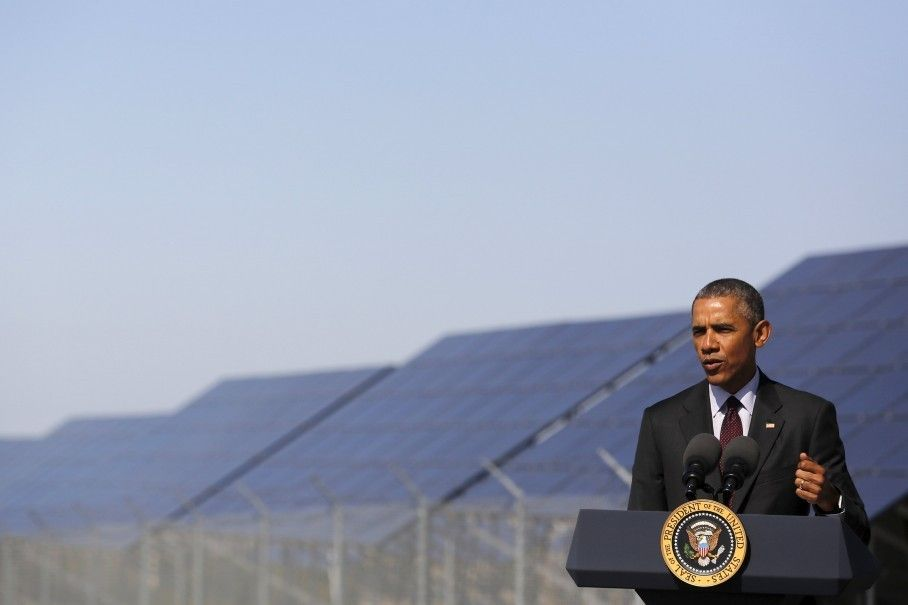 Obama Wants To Train 75 000 New Solar Workers By 2020 Solar City Solar Obama