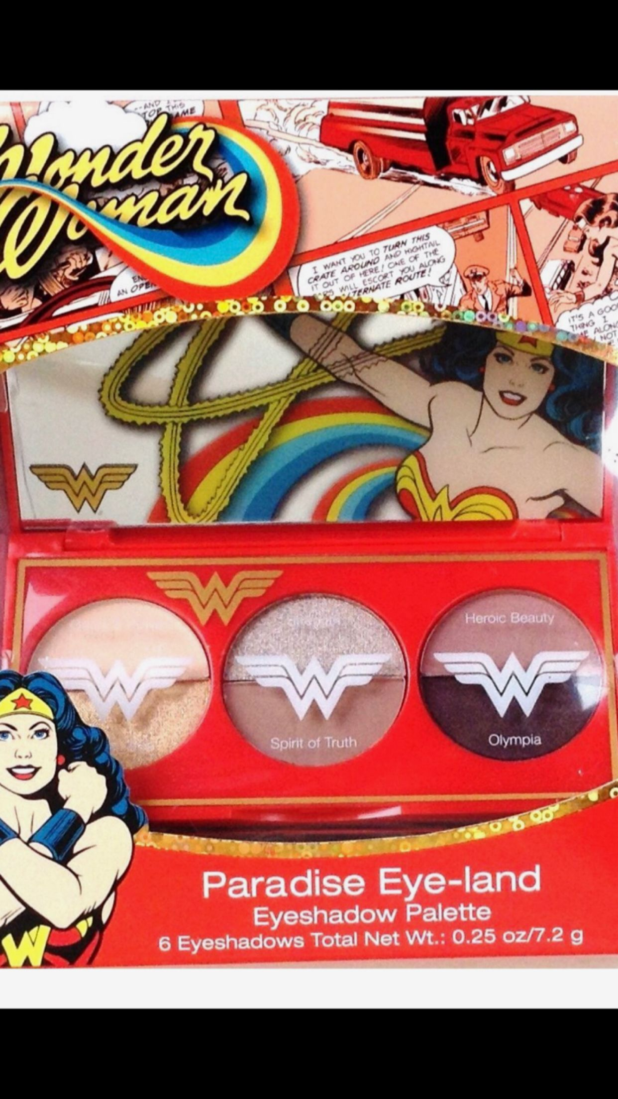 Wonder Woman Eyeshadow Pallet. Comes with six