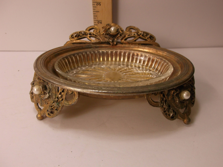 Vintage 1960 s Matson Gold Tone Pearl Soap Holder Hollywood Regency