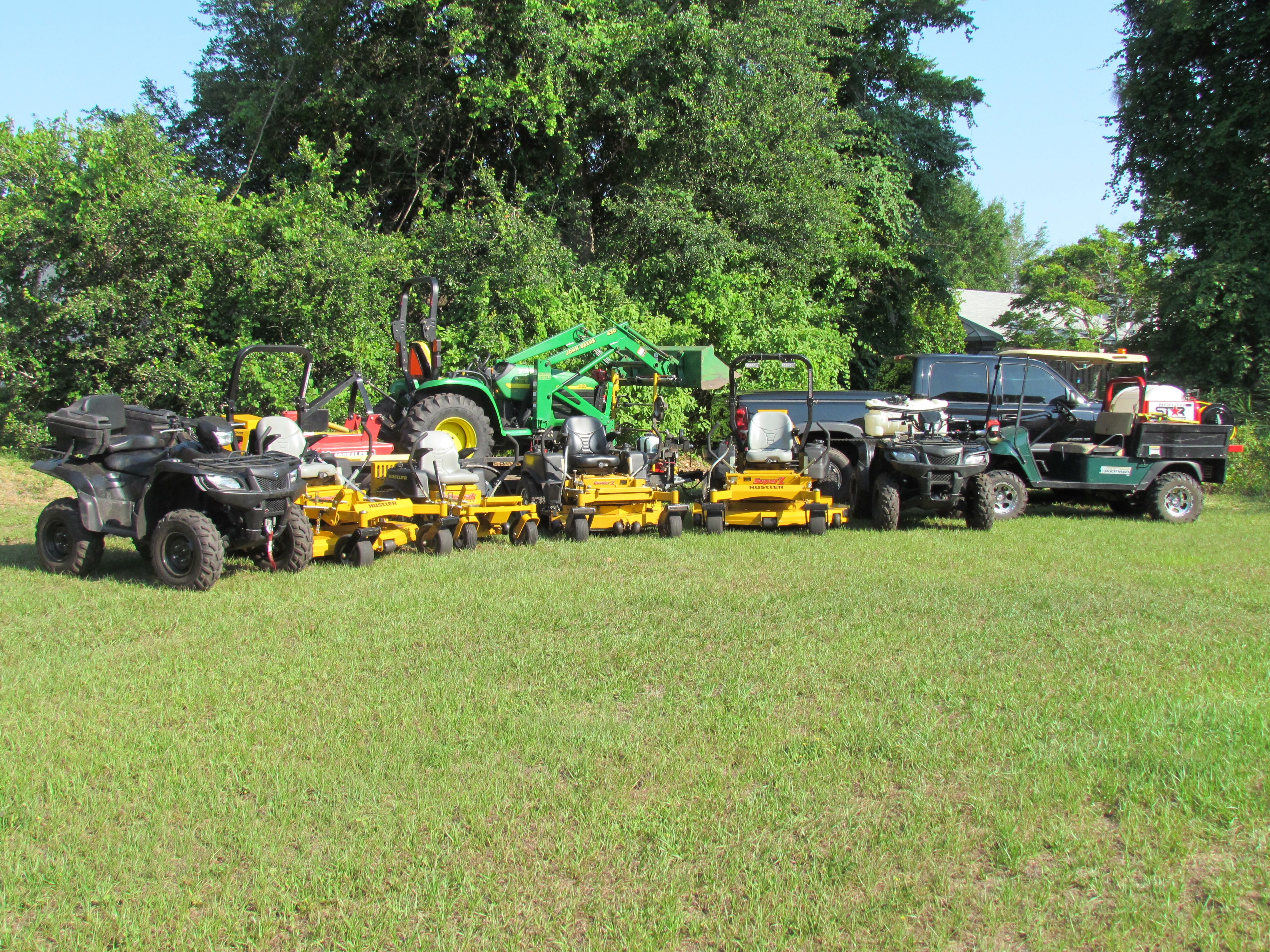 best images about lawn care landscaping lawn 17 best images about lawn care landscaping lawn service tractors and flyers