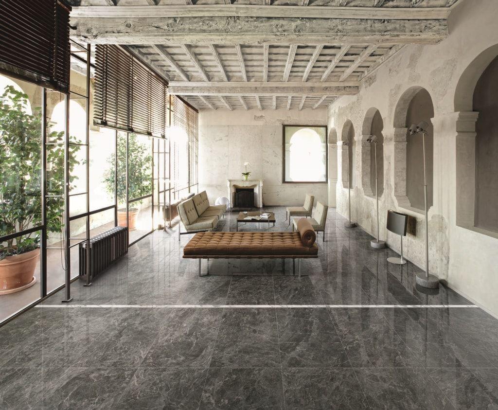 Marmer In Woonkamer : Grote glanzende marmer tegels: prachtig voor in de woonkamer